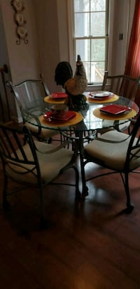 Breakfast table, chairs & barstools for 8 Waldorf, 20603