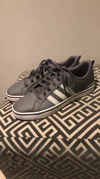 Adidas tennis shoes-NEVER WORN Cool unique style