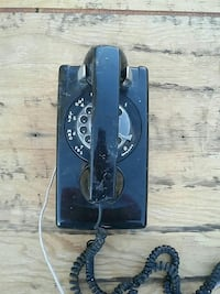 70's wall mount dial phone Paso Robles, 93446