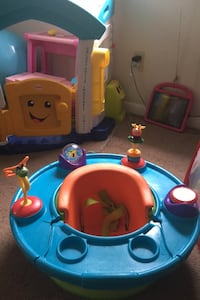 Baby booster activity table