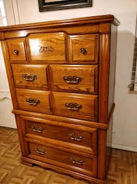Big (BROYHILL) chest dresser with big drawers, mad 33 km