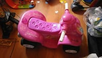 toddler's pink and purple plastic toy Sainte-Martine, J0S 1V0