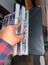 2 binders full of Basketball Cards!