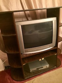 Wood tv stand with TV you need to just Remote ! Good condition ! 36 km