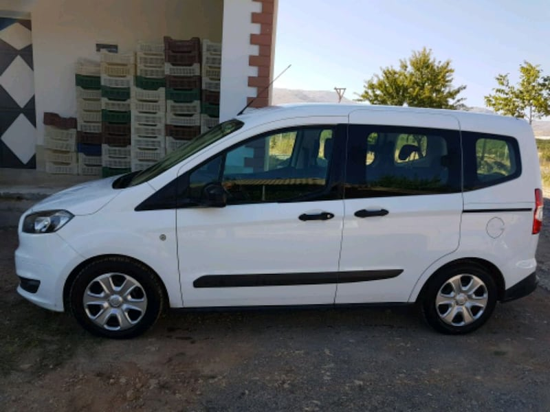 Ford - Tourneo Connect 1.6   - 2014 1