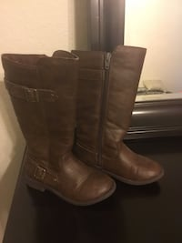Girls Size 11M Brown Leather Boots, good condition North Richland Hills, 76182
