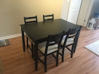 Dining Set with 4 chairs (IKEA) Montréal, H3A