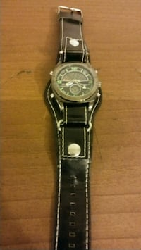 round silver chronograph watch with black leather strap Charlotte, 28216