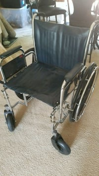 Extra wide wheel chair brand new condition Edgewater, 21037