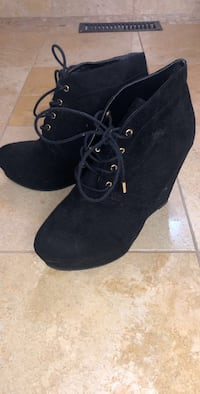 Black Suede Wedge Lace Up Ankle Boots 549 km
