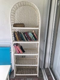 White patio shelving and matching end table  Delray Beach, 33484