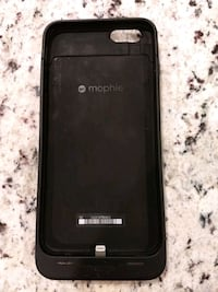 black Mophie iPhone battery extender case