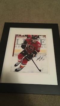 autograph Ice Hockey trading card with black frame Red Deer, T4R 0J4