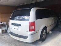 2008 Chrysler Town & Country Ajax