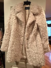 Faux fur jacket by Guess used like new size medium for  Rockville, 20850