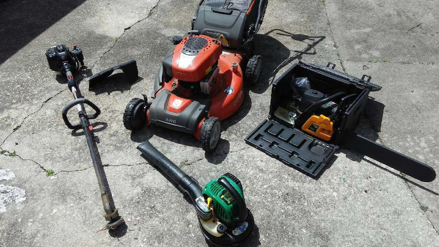 Used lawn care equipment lot lawnmower more in houma for Used lawn and garden equipment