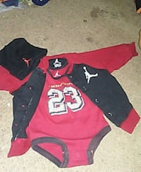 0-3 month Jordan's onzie, sweater and baby hat. Kennewick, 99336