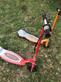 Two excellent condition Razor electric scooter eackbobe cost $175.00 a piece I'm selling both for 125 Rockville, 20851