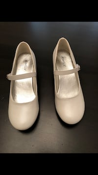 Girls size 3 white shoes (Used Once) Milton, L9E 0K7