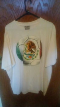 Realy nice 3x t-shirt. T-shirt is new.