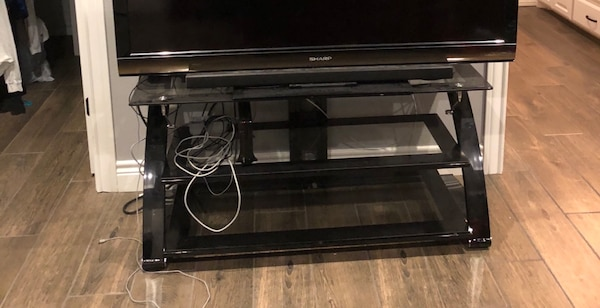 Used 3 Tier Glass Tv Stand With Mount For Sale In Abernathy Letgo
