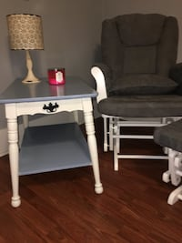 End table Louisville, 40202
