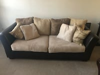 Couch / Sofa Centreville
