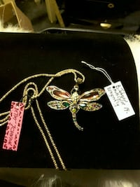 BetseyJohnson collection Dragonfly Necklace 12$ Ladson, 29456