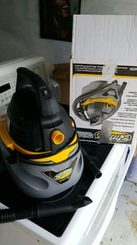 black and yellow canister vacuum cleaner Brampton, L6W 1A6