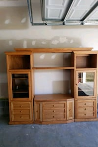 Solid oak entertainment stand Hedgesville, 25427