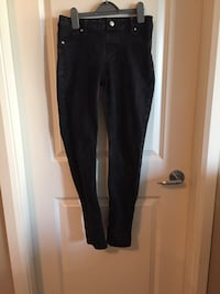 Nygaard black jeans size 6 New Westminster, V3M