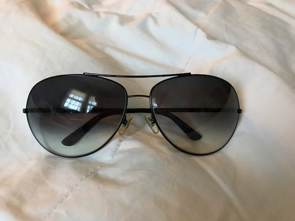 Guess glasses. Made in Italy