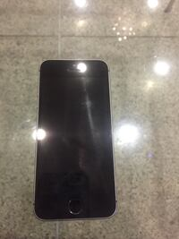 Space gray iphone 5s( 64gb)
