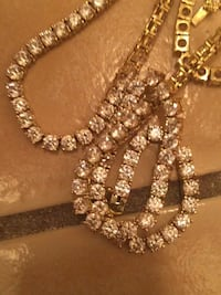 Gold and diamond studded necklace Las Vegas, 89119