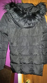 BEAUTIFUL AUTHENTIC ALMOST FLAWLESS WOMEN'S TOMMY HILFIGER COAT.