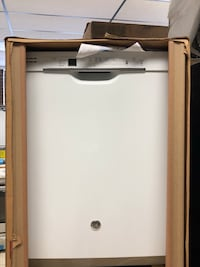 """Brand New 24"""" GE Tall Tub Built-In Dishwasher (Scratch and Dent)  Elkridge, 21075"""