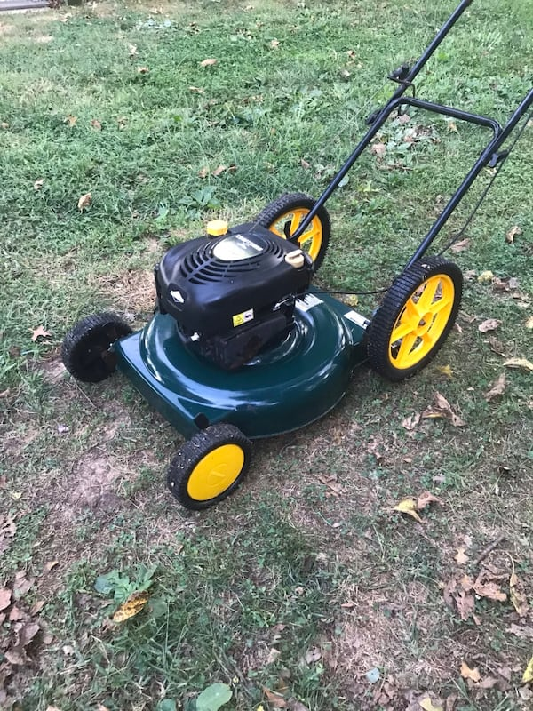 Craftsman mower- if ads up it's available 8baf0218-555a-4990-9e29-d5c2ff86c6b0