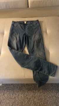 black and gray cargo pants