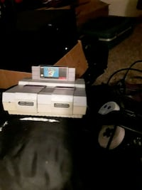 Super Nintendo with controller and game  Las Vegas, 89108