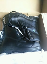 Brand new Safety Shoes in box size 11  Mississauga, L5M 7M9