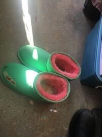 pair of green boots 邓肯, V9L