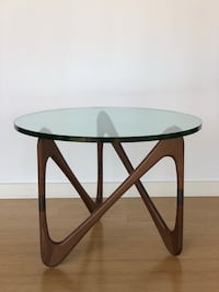 Moebius table by Design Within Reach