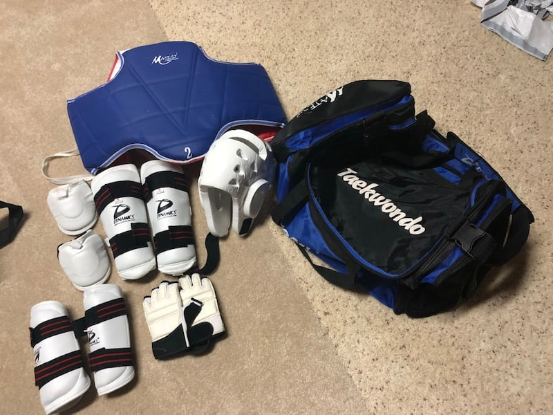 Blue and white bauer shoulder pads 1