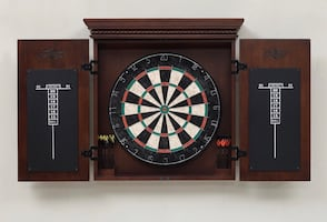 New PRICE!! Dart Board Brand New in Box American Heritage