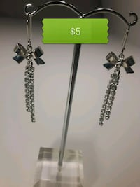 BN Korean silver dangly bow crystal earrings  North Vancouver, V7M 1G4