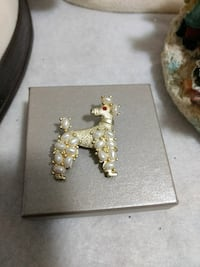 Lovely vintage brooches poodle and green and gold