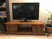 Brown tv stand. Heavy & sturdy.