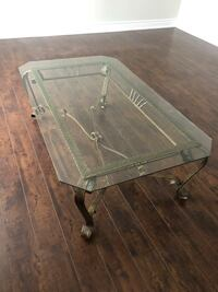 Rectangular clear glass top coffee table Mississauga, L5M 3C5