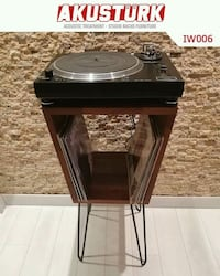 Plakcalar turntable ve plak sehpasi