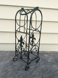 "Cute Fleur-De-Lis Wine Rack. 16.5"" tall"